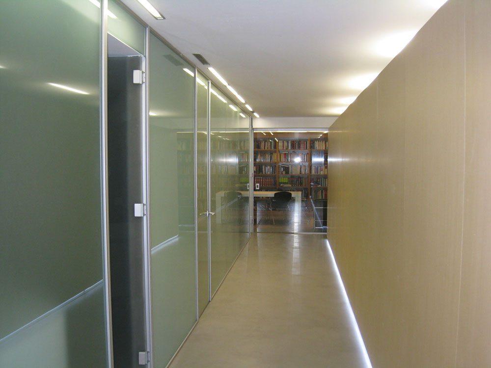 Aprovecha el espacio de tu oficina todo para mi negocio for Mamparas de oficina sevilla